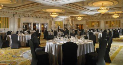 ballroom_gala_dinner_setup